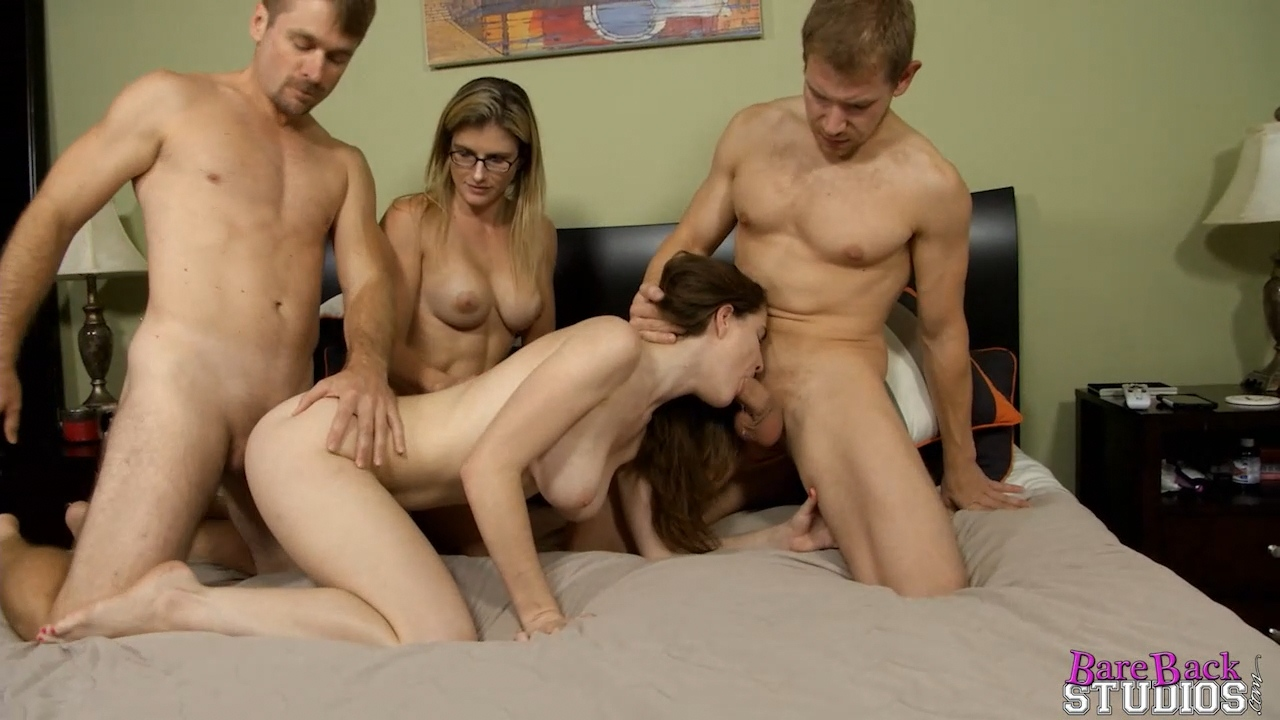 0787_Bare Back Studios – Molly Jane – Families Stick Together_shot