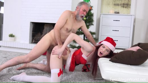 0176_Lovenia Lux – Ginger elf finds a dildo under Christmas tree_shot_000