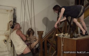 Surprise for the family – Perverse Family – Suzan, Anna