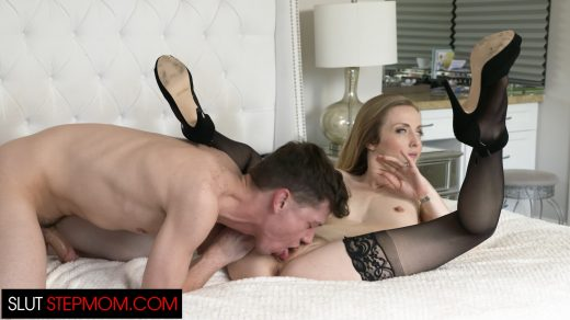 0481_Slut Step Mom – Karla Kush_shot_000