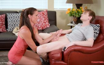 Step Mom Lends A Helping Hand – Sofie Marie