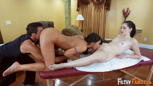 0739_August Taylor, Tommy Gunn, Violet Rain-August Taylor Massages Her Step-Daughters Pussy – Filthy Family_shot_000