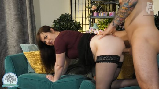 0774_Tammie Madison – Son Creampies Mom During Job Interview_shot_000