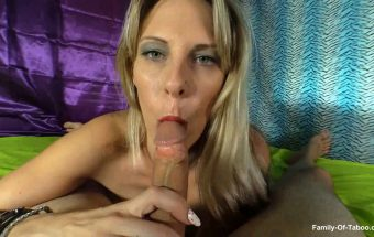 Naughty Vicky Vixxx – Daddy Blackmails Me For A Bj