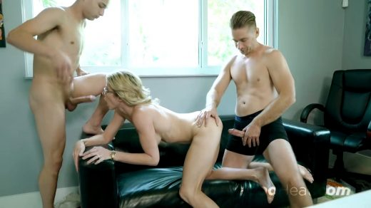 1164_Cory Chase Mom Craves Young Cock_shot_000