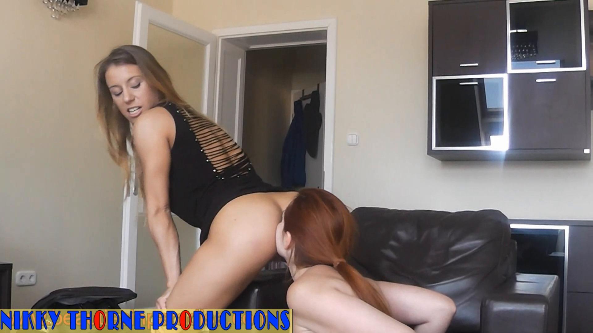 Amateur Lesbians Ass Licking