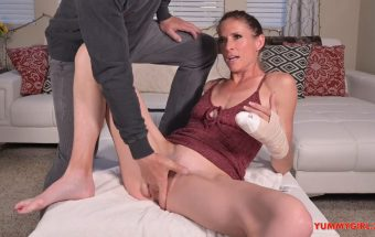 Scratch My Itch – Sofie Marie – Yummy Girl