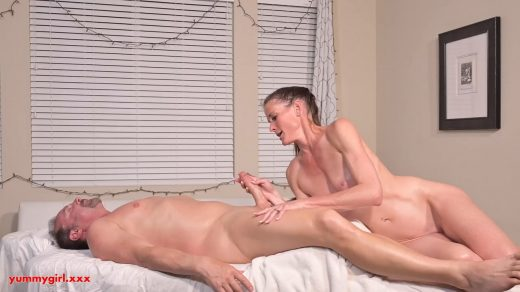 1595_Sofie-Marie-Sofies-Happy-Ending-Massage-720p_shot_000