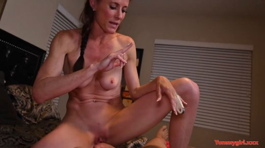 1740_Sofie-Marie-Caught-Camming-Again-720p_shot_000