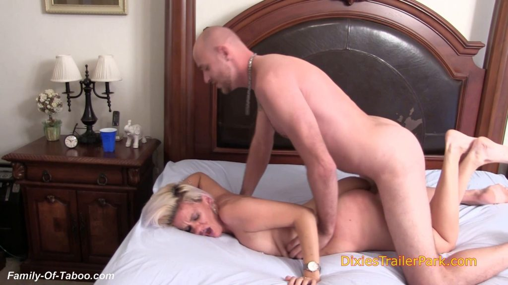Horny Boy Fuck Step Mom